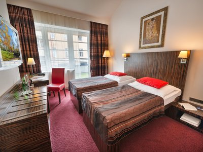 EA Hotel Crystal Palace**** - double room, twin